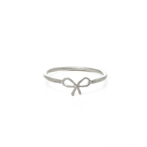 small bow ring, sterling silver,  size 5