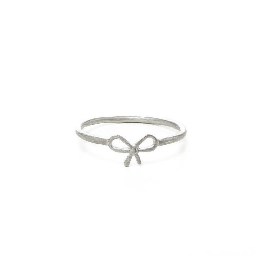 small bow ring, sterling silver,  size 7