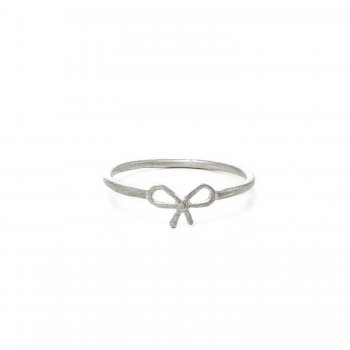small bow ring,  sterling silver, size 6